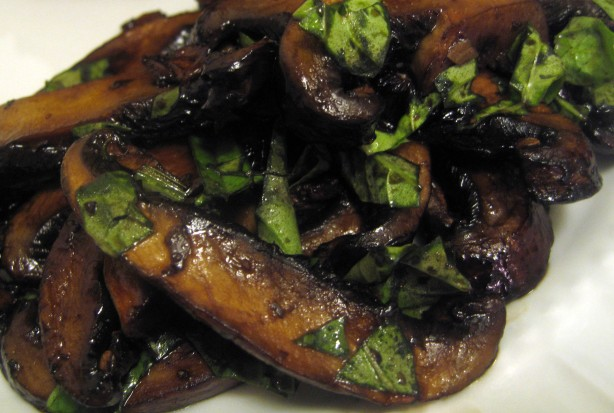 Sauteed Balsamic Portabellas with Basil