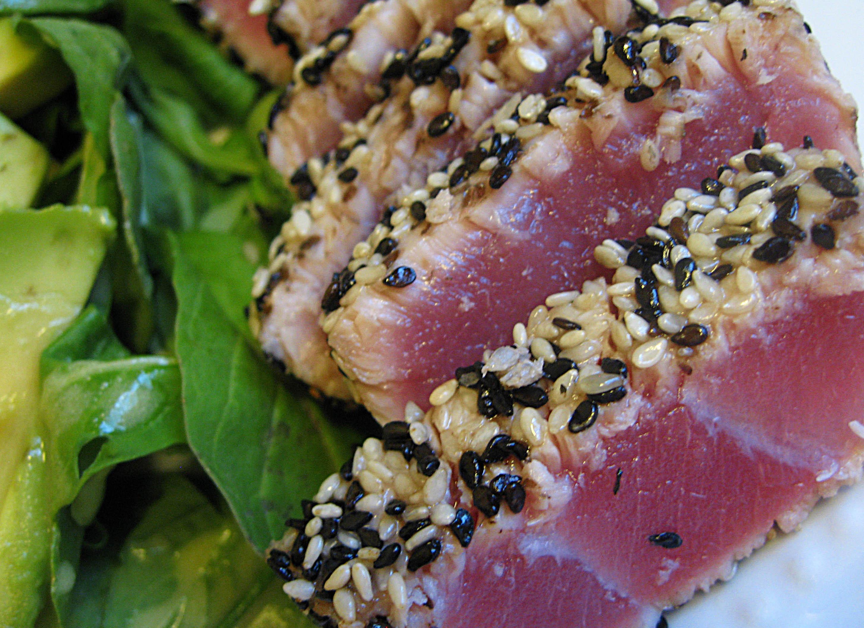 ... seared rare tuna mkp pan seared sesame crusted tuna with wasabi aioli