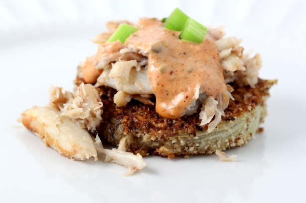 Fried Green Tomatoes with Crab and Remoulade Sauce |